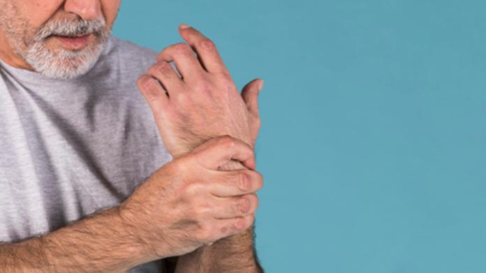 Problemas de osteoporosis en adultos mayores
